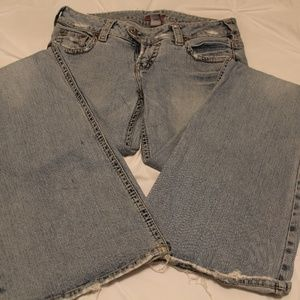 Silver Jeans Distressed Style Western Glove Works